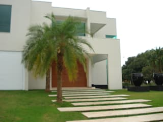ricardo pessuto paisagismo Minimalist style garden