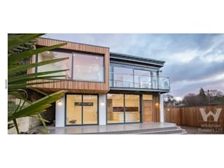 Riverdale road renovation and extension : modern Houses by Whitshaw Builders LTD