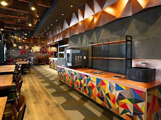 Nandos :  Gastronomy by Simple Simon Design