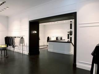 AMICIS WOMEN:  Ladenflächen von architektur denis kosutic