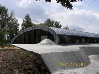 modern  von PRACOWNIA ARCHITEKTONICZNA BARTLOMIEJ K. SITARSKI, Modern