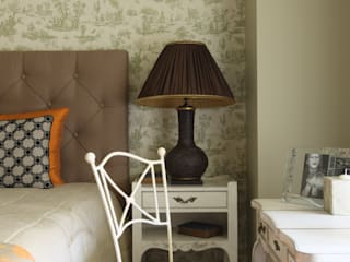 Спальня для девушки:  в . Автор – I-projectdesign, Классический