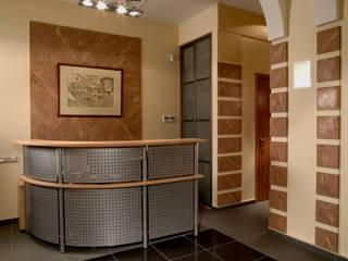 Небольшой офис. Офисные помещения в эклектичном стиле от Fusion Design Эклектичный