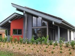 Haus Tech-Wood: moderne Häuser von Tirolia GmbH