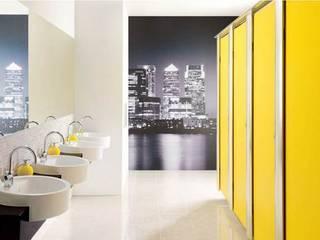 Taquillas y cabinas fenólicas, perfectas para instalaciones deportivas SPIGOGROUP Pasillos, vestíbulos y escaleras de estilo minimalista