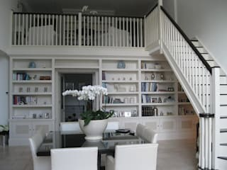 Bookcase Wall: classic  by INGLISH DESIGN, Classic