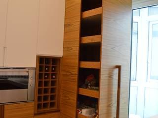 Cocinas modernas: Ideas, imágenes y decoración de Studio Bugna Moderno