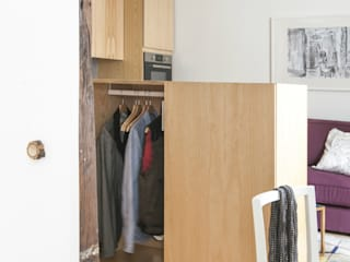 Modern dressing room by goodnova godiniaux Modern