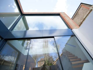 Richmond, London Minimalist windows & doors by Maxlight Minimalist
