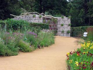 FESTIVAL INTERNAZIONALE DEI GIARDINI DI CHAUMONT ( FR ) Giardino moderno di Stefania Lorenzini garden designer Moderno
