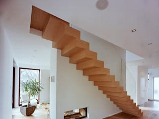 Blockstufentreppe Moderner Flur, Diele & Treppenhaus von Aufleiter & Roy GmbH Modern