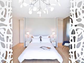 Appartement carte blanche Chambre moderne par Anne-Maud & Natacha Moderne