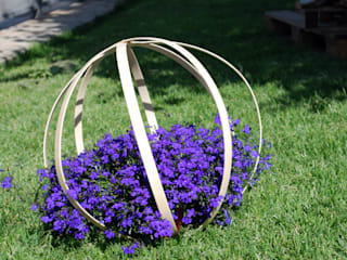 por Stefania Lorenzini garden designer , Moderno