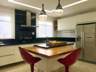 Cocinas de estilo  por Lucia Navajas -Arquitetura & Interiores