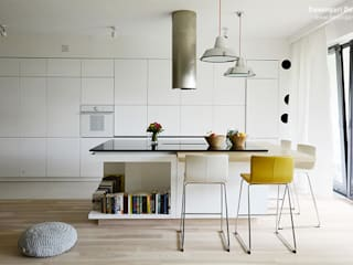 Scandinavian style kitchen by Devangari Design Scandinavian