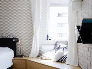 Camera da letto in stile  di Devangari Design