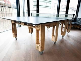 Tischtennistisch: industriale Wohnzimmer von palettenmoebel.at