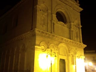 Lighting Project - Cattedrale di Foggia:  in stile  di Romano Baratta Lighting Studio
