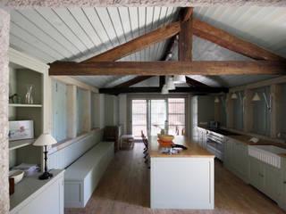 Rustieke keukens van Branco Cavaleiro architects Rustiek & Brocante