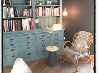 Maison de campagne: Salon de style de style Scandinave par Pour l'amour des belles choses