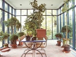 Anbau an Villa in Othmarschen v. Bismarck Architekt Moderner Wintergarten