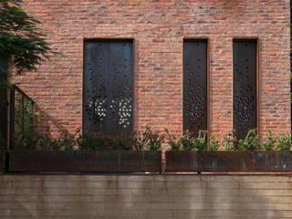 Terraços  por Alvaro Moragrega / arquitecto, Industrial