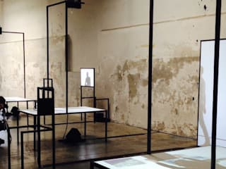 Liminal Space Minimalistische gangen, hallen & trappenhuizen van Arlette Beerenfenger Minimalistisch