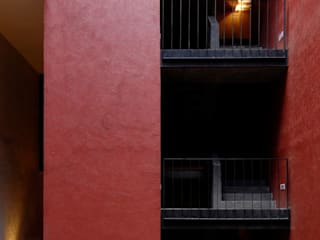 Industrialer Flur, Diele & Treppenhaus von Alvaro Moragrega / arquitecto Industrial