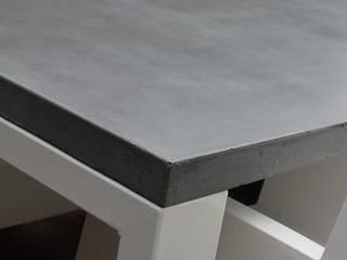 Betonnen tafel BARI steel & concrete Moderne tuinen van Ardworks BV Modern