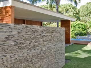 Jardines de estilo moderno de Alvaro Moragrega / arquitecto Moderno