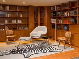 CASA RP Estudios y despachos modernos de Alvaro Moragrega / arquitecto Moderno