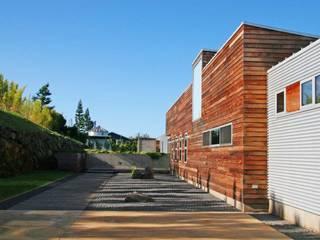 Casas  por Alvaro Moragrega / arquitecto, Moderno