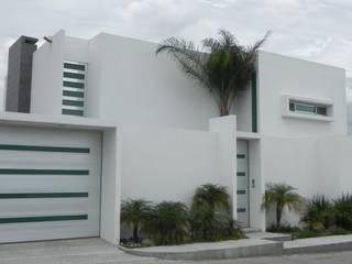 CASA ZAGO: Casas de estilo  por ARKIZA ARQUITECTOS by Arq. Jacqueline Zago Hurtado