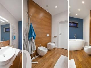 Wnętrza domu jednorodzinnego, Jaworzno: styl , w kategorii Łazienka zaprojektowany przez modero architekci
