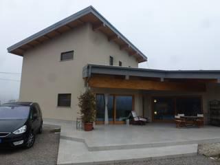 Nuovo edificio a consumo quasi zero - N-ZEB:  in stile  di Sicurtecnica