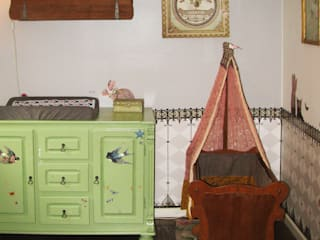 Kaartje of Kip Country style nursery/kids room