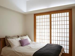 Moderne Schlafzimmer von 스마트건축사사무소 Modern