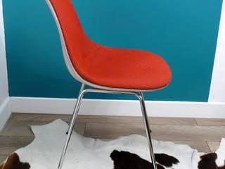 Chaise Eames DSX rouge:  de style  par VcommeVintage