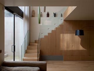 West London house Viewport Studio Modern corridor, hallway & stairs