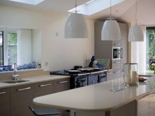 Silverwood Gardens Woolley Modern kitchen by PARKdesigned Architects Modern