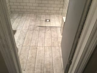 Hampstead Wetroom Minimalist bathroom by Refurb It All Minimalist