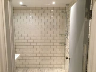 Hampstead Wetroom: minimalistic Bathroom by Refurb It All