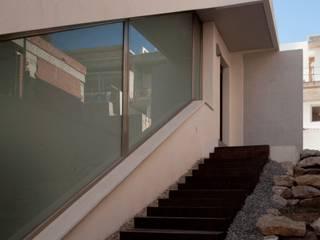 CASA CR:  de estilo  de jjhb arquitectura