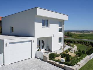 Modern Houses by ELK Fertighaus GmbH Modern