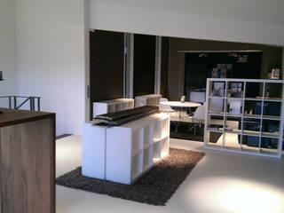 Verkaufs- u. Showroom     vorher:   von eva weiss home staging & styling