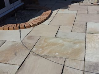 Mint fossil Natural Indian sandstone patio:   by Elite Landscapes Manchester