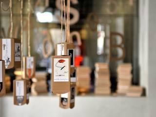 Chiavi di lettura - installation in hotel Vincci Soho Madrid Simona Garufi ArteObjetos artísticos