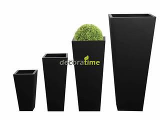 Hazer Bilişim Yapı Dekorasyon Rıza Hazer 花園植物盆栽與花瓶