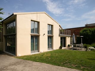Rumah Modern Oleh ATELIER FB Modern