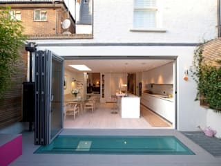 Battersea Basement & Full Refurbishment Case in stile scandinavo di Gullaksen Architects Scandinavo